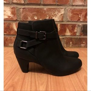 Sam & Libby Black Ankle Booties